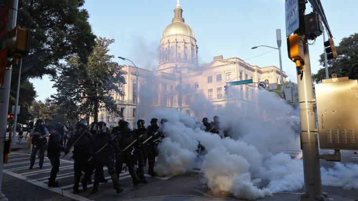 Polisin cephanesi: Gaz, plastik mermi, bomba...