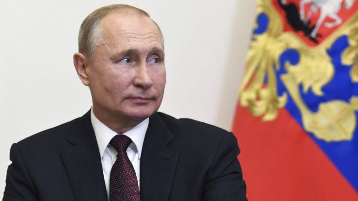 Putin için 'dezenfeksiyon tüneli' kuruldu