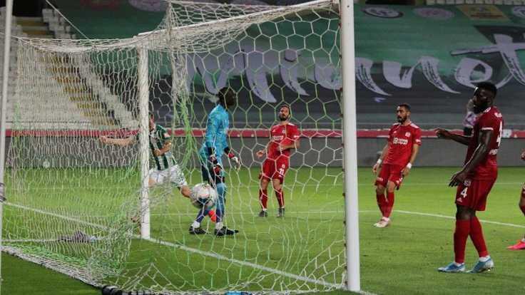 Konyaspor ve Sivasspor yenişemedi: 2-2