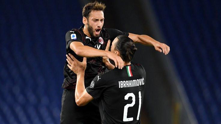 Hakan Çalhanoğlu, Milan'ı galibiyete taşıdı