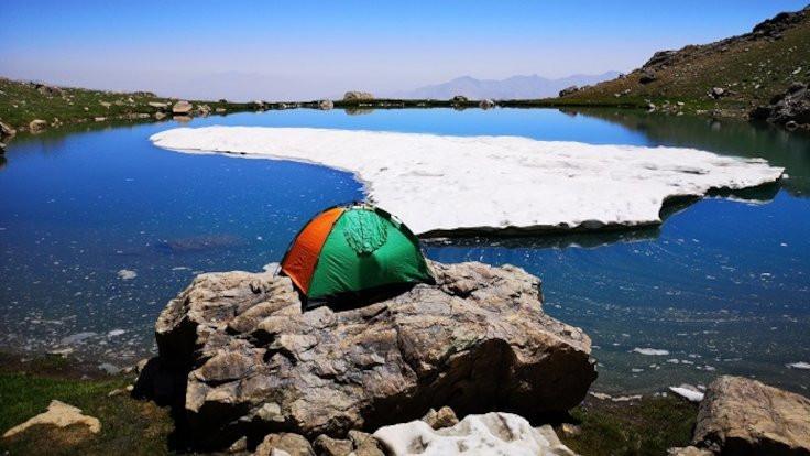 Berçelan'da dört mevsim: 3 bin 700 metrede yüzdüler - Sayfa 4