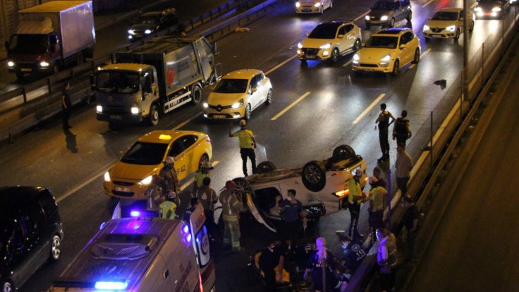 Zeytinburnu'nda kaza: 4 yaralı