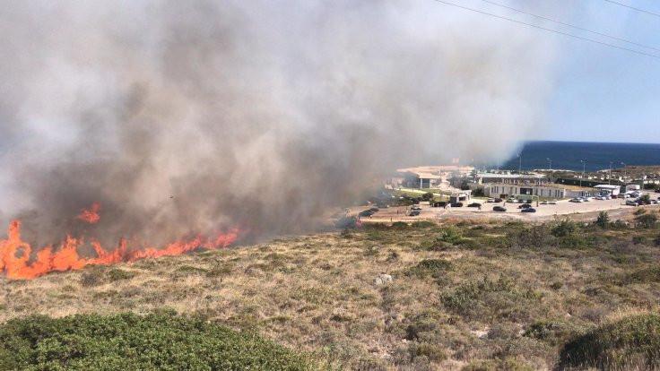 Çeşme Alaçatı'da yangın çıktı