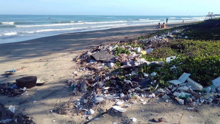 Plastik kirliliği 1 milyar 300 milyon tona ulaşacak