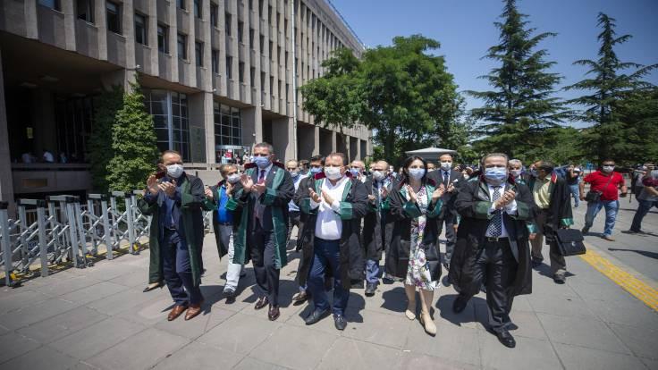 Van ve Ankara'da eylem: Bizi bükemezsiniz