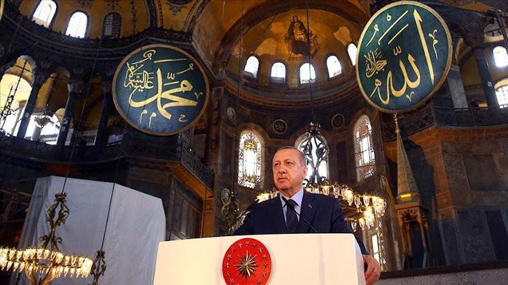 Erdoğan'dan Ayasofya şarkısı