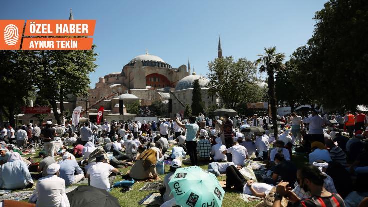 Ayasofya'da salgın önlemleri ihlal edildi: Kurban Bayramı'na cesaret verebilir