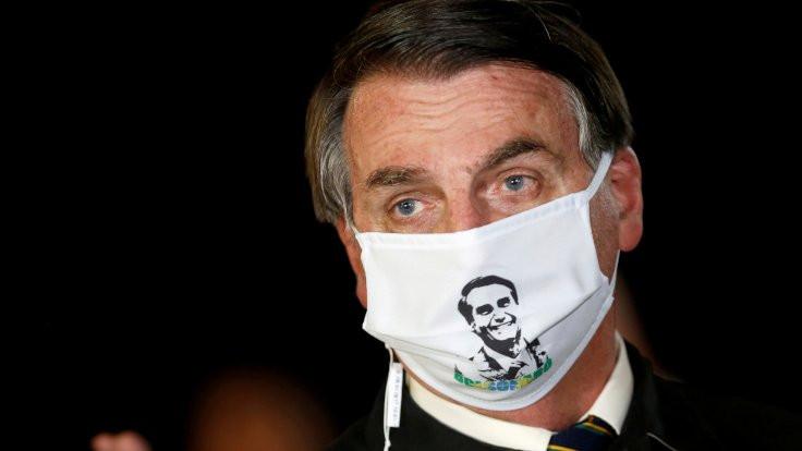 Ateşi çıkan Bolsonaro: Korona değilim