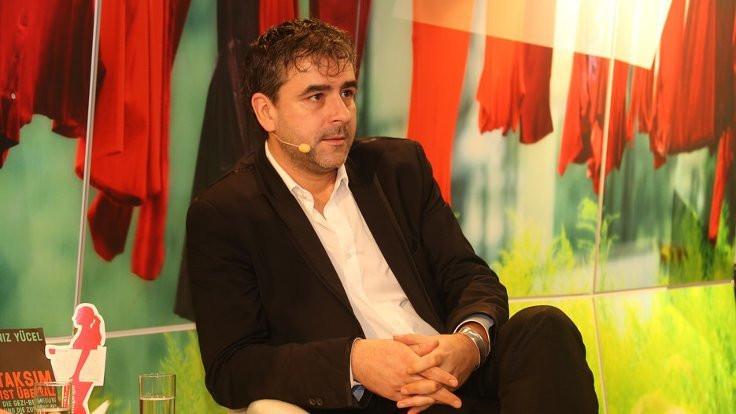 Gazeteci Deniz Yücel'e 2 yıl 9 ay hapis cezası