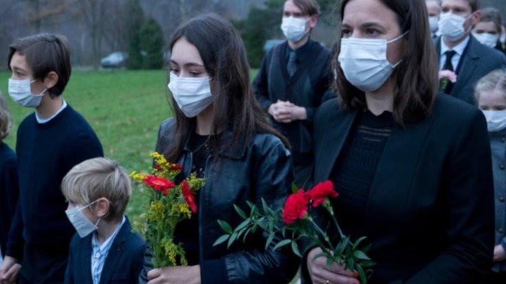 Salgını 'öngören' dizi viral oldu