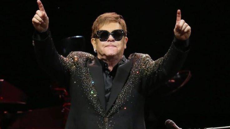İngiltere Kraliyet Darphanesi, Elton John adına para bastı