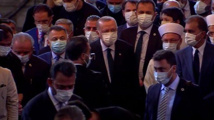 Erdoğan Ayasofya'da Kuran okudu
