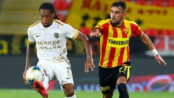 İzmir'de dört gol var, kazanan yok