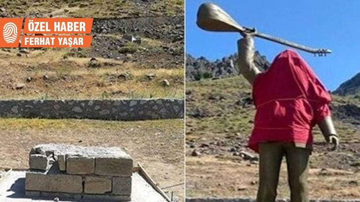 'Gültekin'in heykelini ilçeye dikmek için kaldırdık'