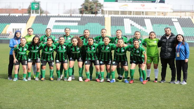 Kadın futbol takımı Horozkent 2. Lig'de