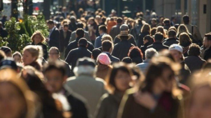 DİSK raporu: Sendikasızlar daha kötü etkilendi