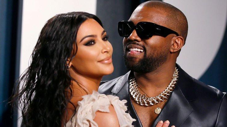 Kanye West aday olmaktan vazgeçti