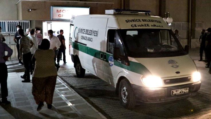 Cenaze dönüşü kaza: 3 kardeş öldü