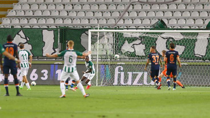 7 gollü maçta kazanan Konyaspor oldu