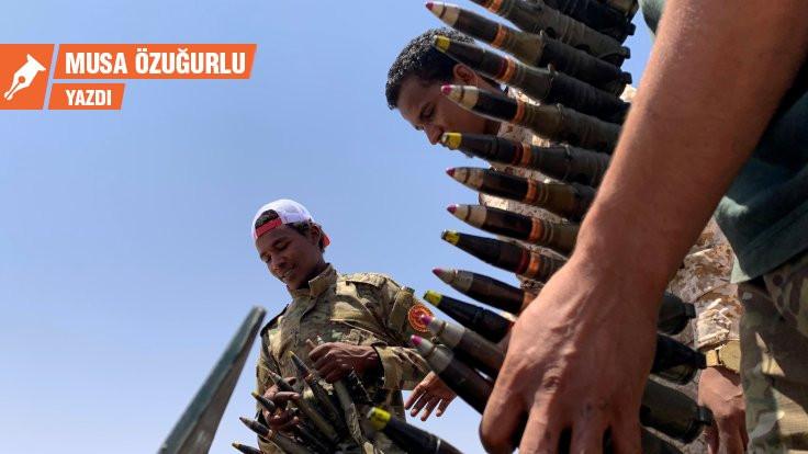 Libya ve Suriye'de eller tetikte