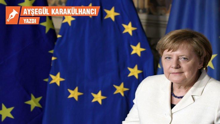 AB'de Merkel'li 6 ay Türkiye'ye ne getirir?