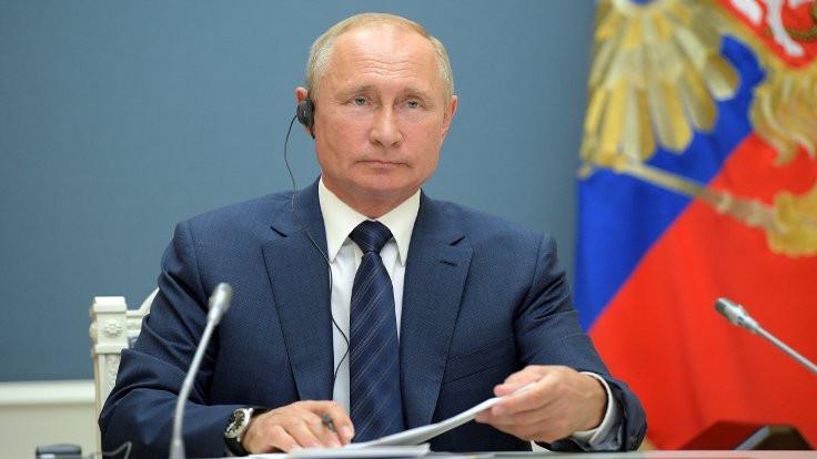 Putin'e 2036 yolu açıldı, Kremlin 'zafer' ilan etti