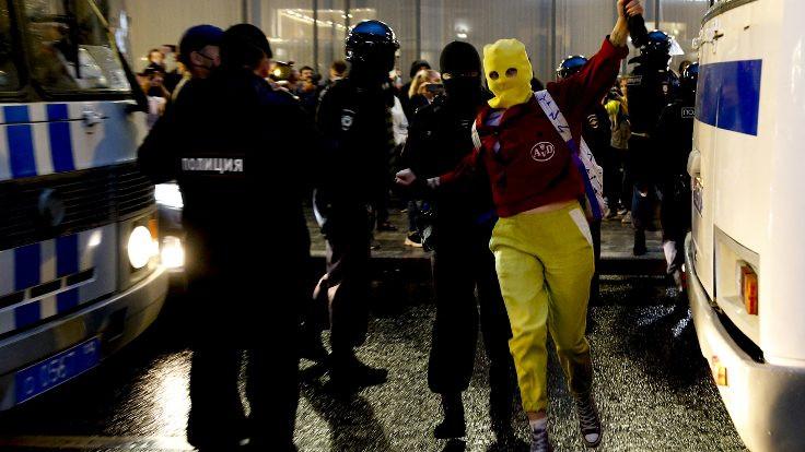 Putin'in '2036'ya kadar başkanlığı' protesto edildi