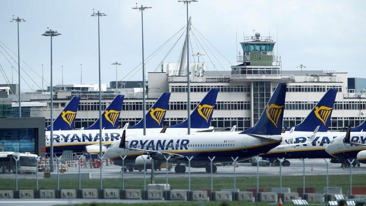 Tuvalette 'bomba' notu bulundu, Ryanair uçağı zorunlu iniş yaptı