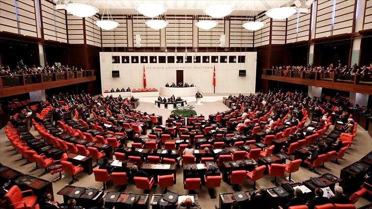 HDP ve MHP'nin Uygur tartışması: Çin'e savaş mı açalım?