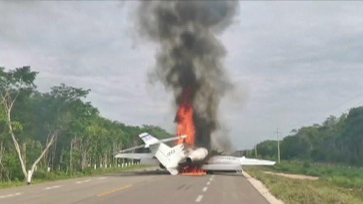 Uyuşturucu kartelinin uçağında yangın çıktı