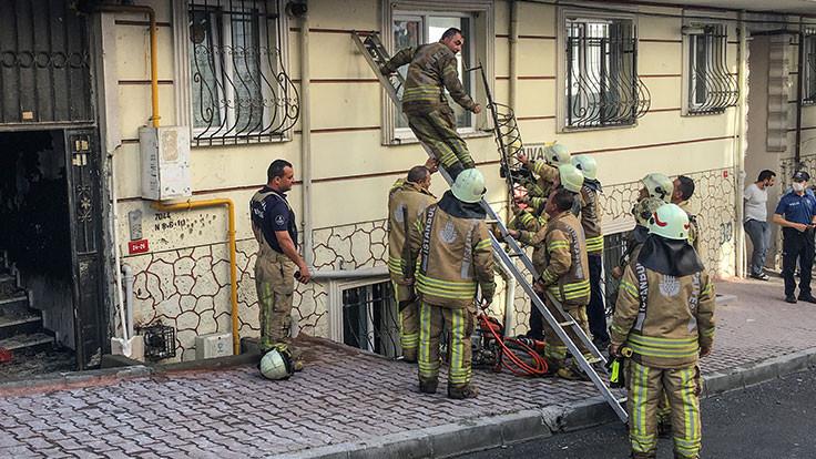 Esenyurt'ta yangın: 1'i çocuk 2 kişi öldü