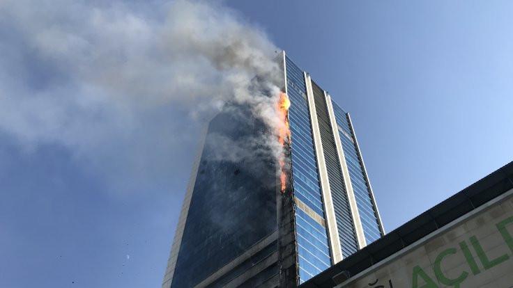 Başkentte iş merkezinde yangın