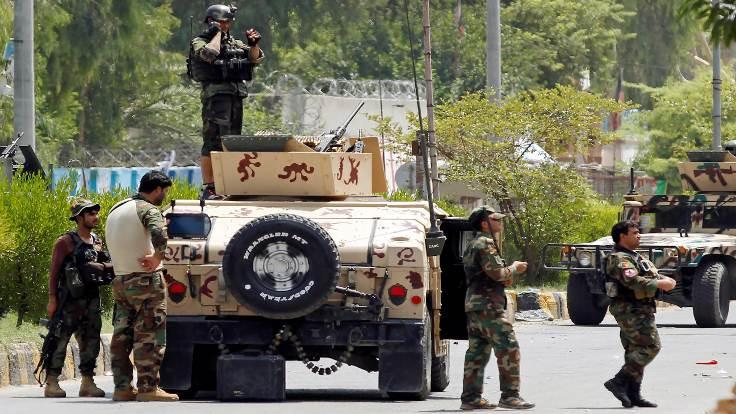 IŞİD Afganistan'da cezaevine saldırdı