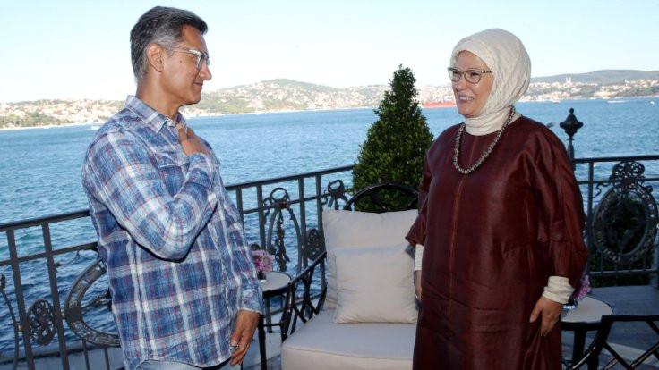 Hint sinemasının ünlü aktörü Aamir Khan, Emine Erdoğan'la görüştü