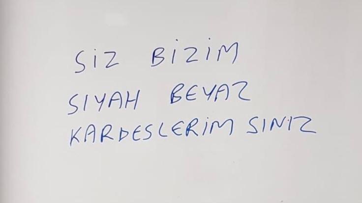 PAOK'tan Beşiktaş'a Türkçe karşılama: Siz bizim siyah beyaz kardeşlerimizsiniz