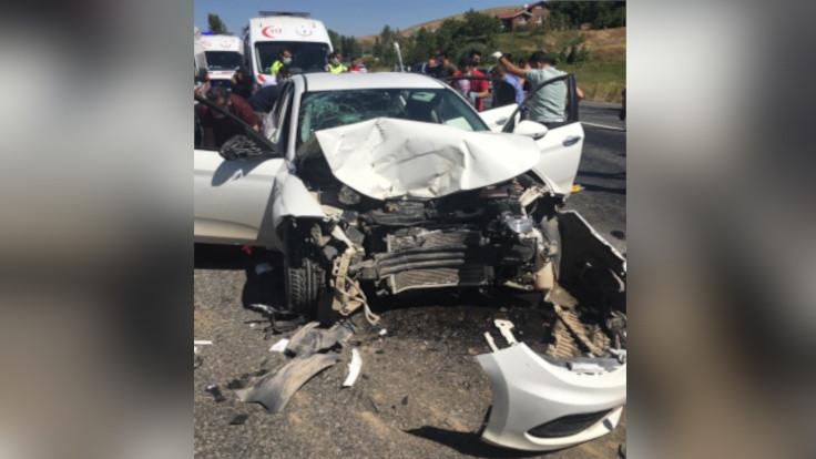 Bitlis'te kaza: 6'sı çocuk 11 yaralı