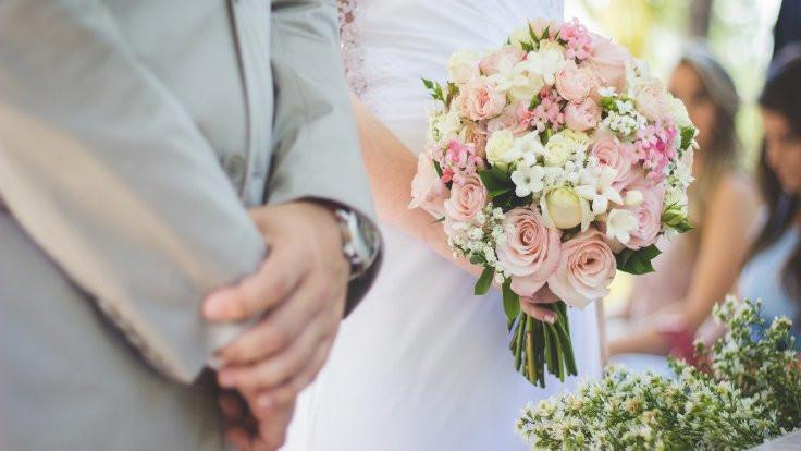 Almanya'da düğün: 200'e yakın kişi karantinada