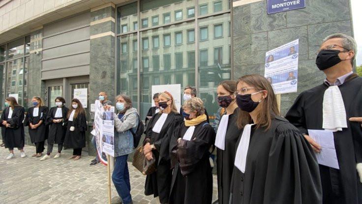 Belçikalı avukatlar açlık grevine başladı