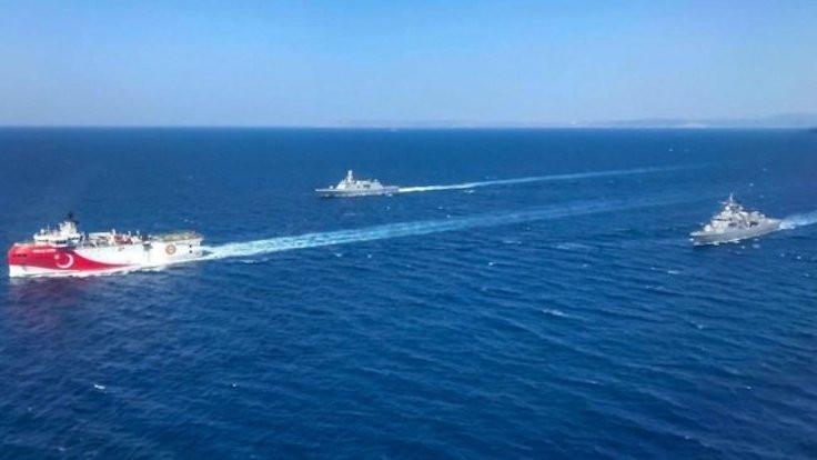 MSB: Oruç Reis'e savaş gemileri eşlik ediyor