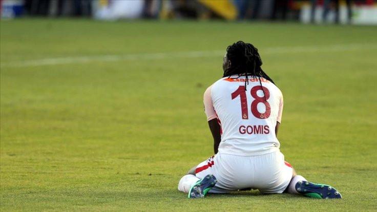 Bafetimbi Gomis yine maç sırasında bayıldı
