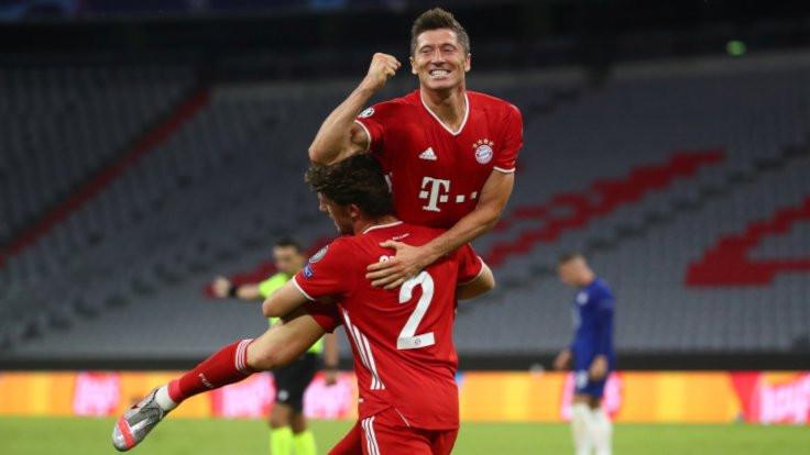 Barcelona ve Bayern Münih sürprize izin vermedi