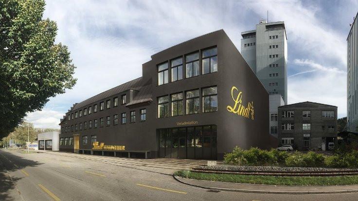 İsviçre'de çikolata fabrikası bozuldu, gökten kakao yağdı