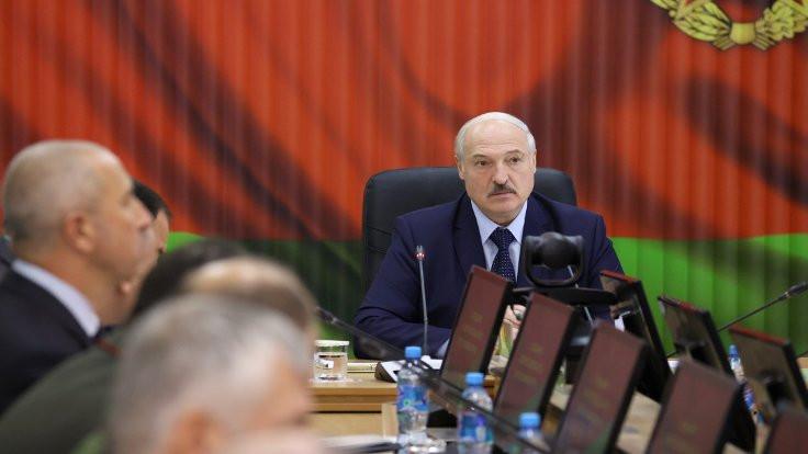 Almanya: Lukaşenko meşru değil