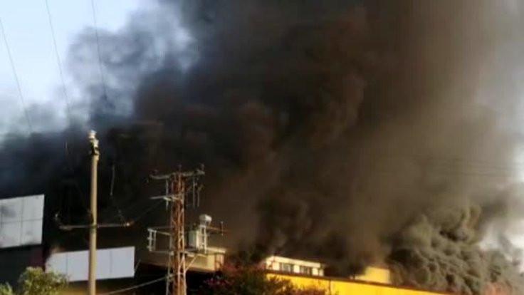Mobilya fabrikasında yangın çıktı