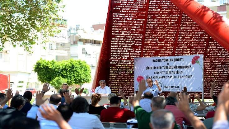 Muratpaşa Belediyesi şiddete karşı ses verdi