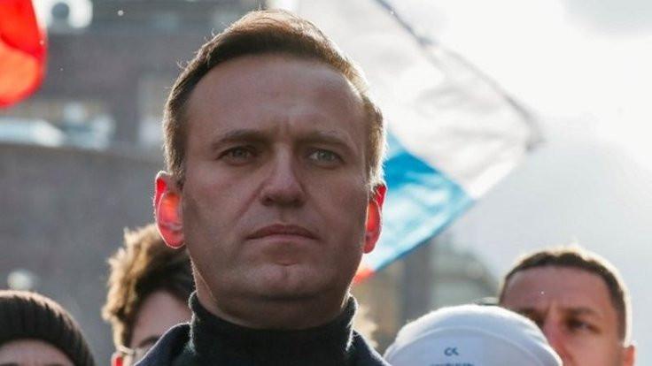 Rus muhalif lider Navalni komada: 'Çayla zehirlediler'