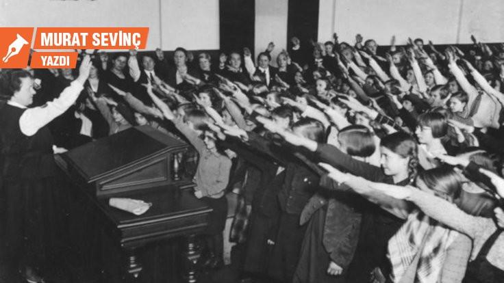 Naziler yalan söylüyor ve alay ediyordu!
