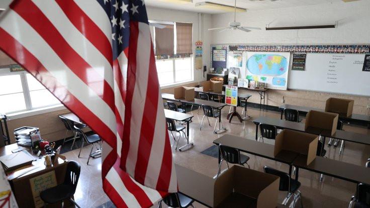 ABD'de okulun ilk gününde Covid-19 çıktı