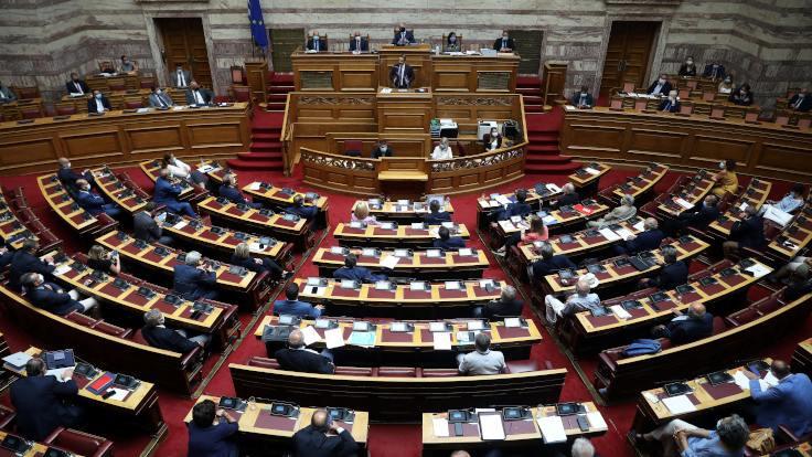 Mısır anlaşması Yunanistan parlamentosunda onaylandı