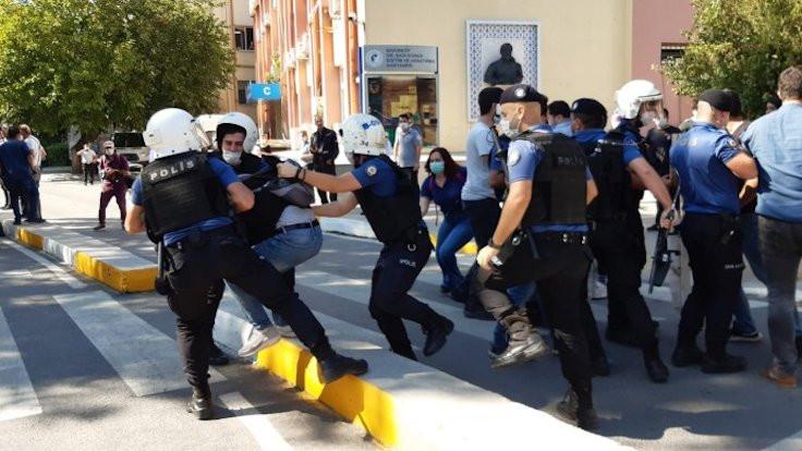 Ölüm orucu eylemine polis saldırdı